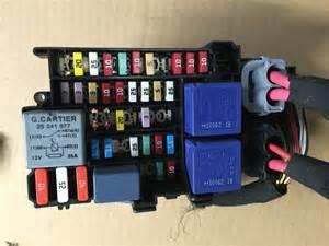 renault megane mk3 coupe 08 14 fuse relay box 1801330 1 d ebay