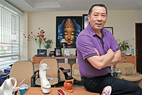 Sepatu Santai Yongki profil biografi yongki komaladi profilbos