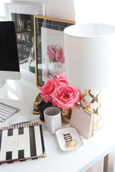 office desk decoration 25 best ideas about office desk accessories on pinterest