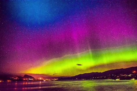 northern lights this weekend in photos northern lights dazzle the southern interior