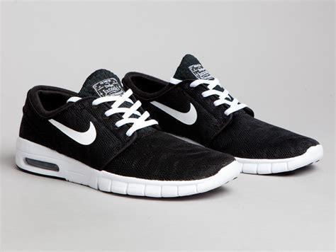 Nike Sb Stefan Janonsky nike sb stefan janoski max black and white