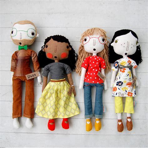 How To Make Handmade Dolls - the pink doormat handmade dolls by simpli