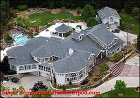 eminems house an aerial view of rapper eminem s mansion mansions house and an