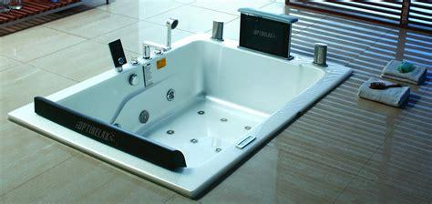 wirlpool badewanne badewanne mit whirlpool reinigung das beste aus