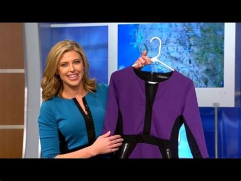 dress weather anchor 23 why meteorologists are all wearing the same 23 dress on