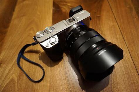 Lensa Sony E 10 18mm F 4 5 5 6 Oss sony e 10 18mm f 4 oss lens sel1018 b h photo