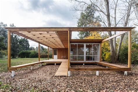 casa en arelauquen estudio ramos plataforma arquitectura casa de madera estudio borrachia plataforma arquitectura