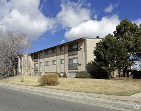 Apartments In Colorado Springs 80918 Greencrest Apartments Rentals Colorado Springs Co