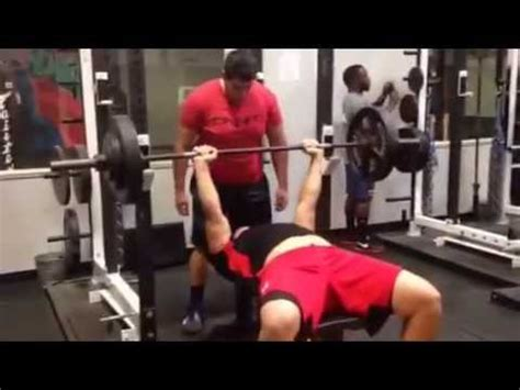average nfl bench press betim bujari bench press 285 x 12 youtube