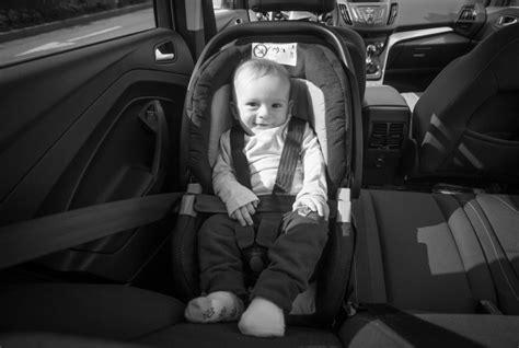 siege auto voyage si 232 ge auto enfant voyagez en toute s 233 curit 233 sant 233