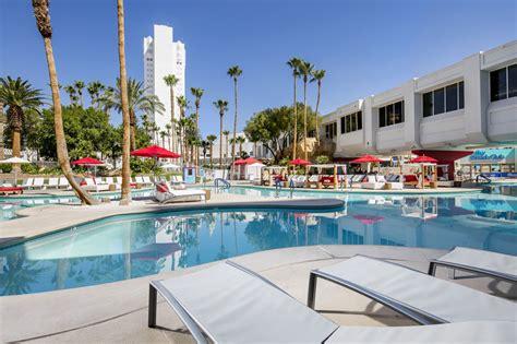 hton inn tropicana tropicana las vegas a doubletree by hotel 2018