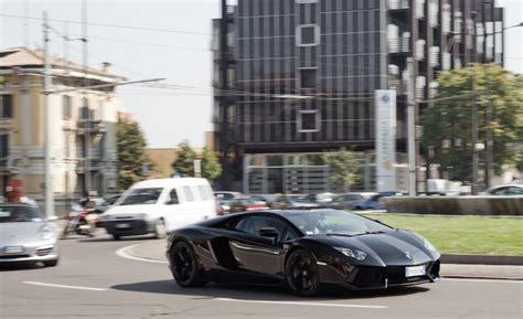 Lamborghini Per Gallon The Cost Of Driving A Lamborghini Aventador 100