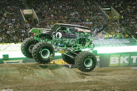 first grave digger monster truck 100 the first grave digger monster truck the
