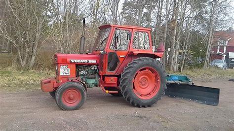 tractor volvo klaravik se traktor volvo bm 2250 med schaktblad