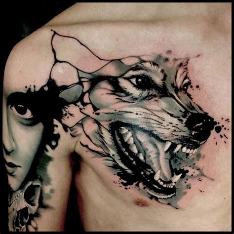 tatuaje lobo huye del aullido del lobo que tienes dentro
