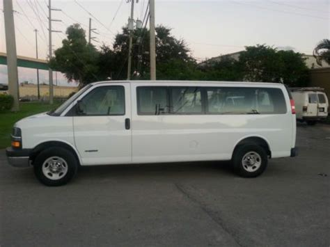 2006 chevrolet express 3500 buy used 2006 chevrolet express 3500 lt extended passenger
