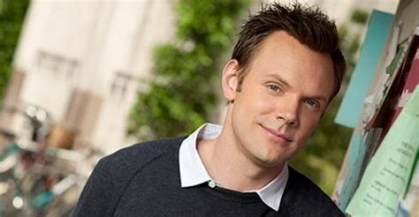 joel mchale, robin williams and lauren graham to