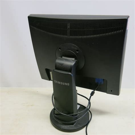 Monitor Samsung Syncmaster 943 samsung syncmaster 943 19 quot monitor
