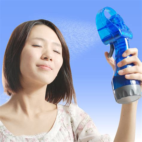 Kipas Water smart handheld cooling fan with water spray blue