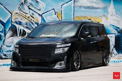 nissan quest rims bagged nissan quest on vossen wheels could start a new