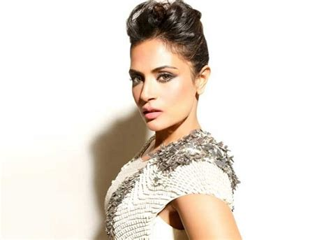 richa chadda date of birth 10 hottest pics of beautiful richa chadda top buzz