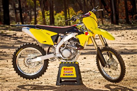 Suzuki 450f Dirt 2014 450 Motocross Shootout Sneak Peek Dirt