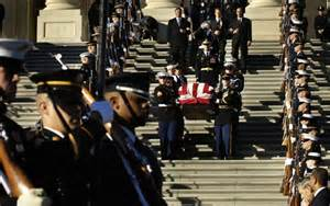 Gerald Ford Funeral File Gerald Ford Funeral Casket Out Of Us Capitol