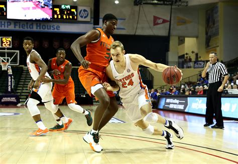 Florida Gators Basketball Returns Home Florida Basketball Prepares For Home Test Saturday