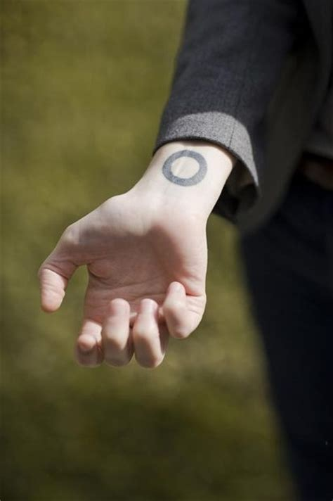 tegan and sara tattoos quin tegan quintastic