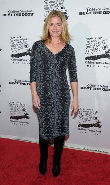 elisabeth shue seinfeld elisabeth shue in 20th anniversary celebration of the