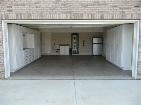 Can I Build A Garage On Property by Best 25 Garage Cabinets Ideas On Garage