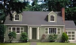 Cape Cod House Color Schemes exterior paint colors for cape cod homes