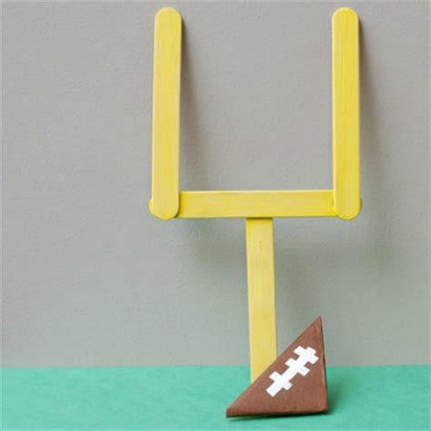How Do You Make Paper Footballs - 25 sports themed crafts for play ideas