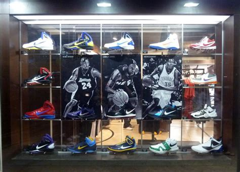 basketball shoe display nike basketball signature pe display nike hk
