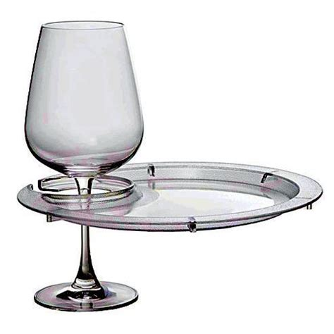 round appetizer plates with wine glass holder wine