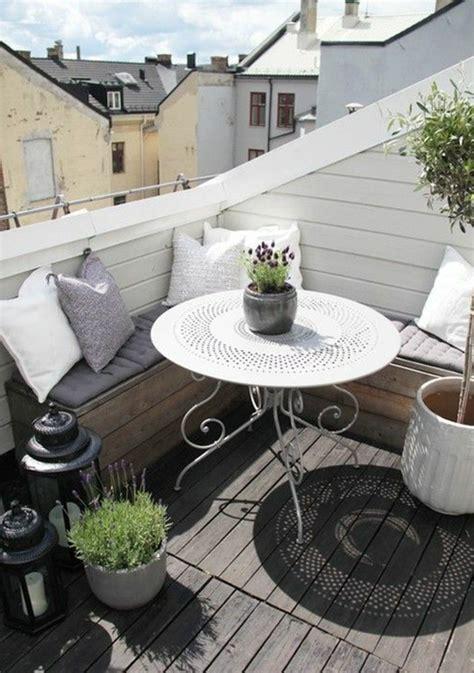 Schöner Balkon Mit Wenig Geld by Balkon Bepflanzen 60 Originelle Ideen Archzine Net