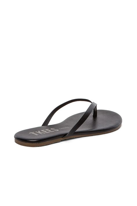 tkees sandals tkees sandal in black lyst