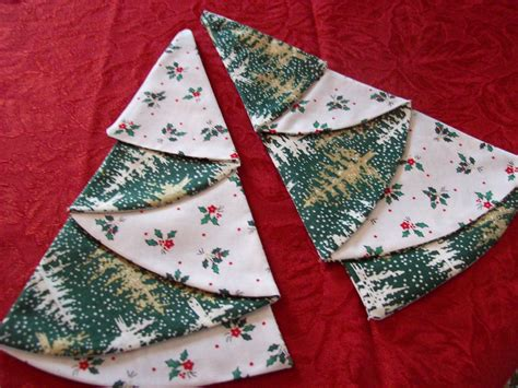 Pattern For Christmas Napkins | country reflections christmas napkins