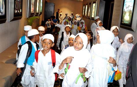 film ferdinand bioskop ratusan anak rumah tahfidz yatim dhuafa serbu bioskop