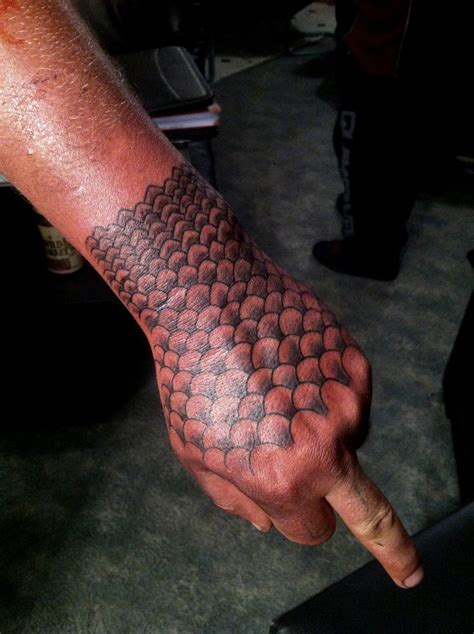 scales on hand tattoo by calebslabzzzgraham