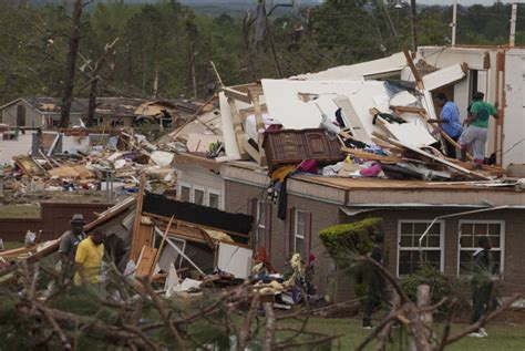 widespread damage reported in smiths station