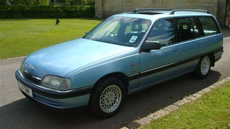 vauxhall colton vauxhall carlton 2 3td estate country classics