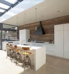 contemporary kitchen designers yay or nay timber splashbacks