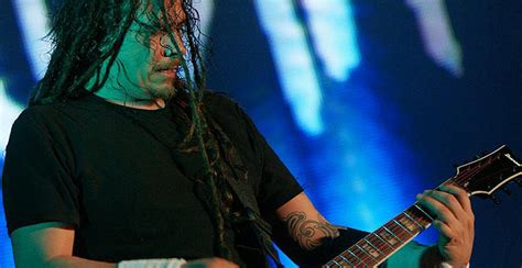 Korn Pretty Meaning | korn guitarist is romantic dose of metal