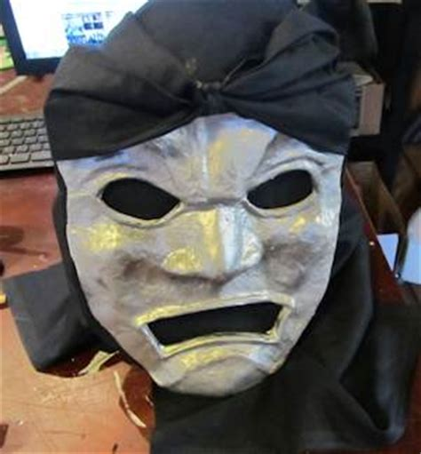 How Do You Make A Mask Out Of Paper - make the immortals mask from 300