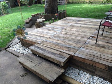 create a faux wood pallet wall wendy james designs 25 best ideas about pallet decking on pinterest pallet