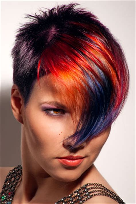extravagantes farbenspiel fuer kurze haare frisurenkatalogeu