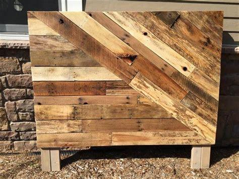 headboard out of pallets pallet wood headboard pallet furniture diy