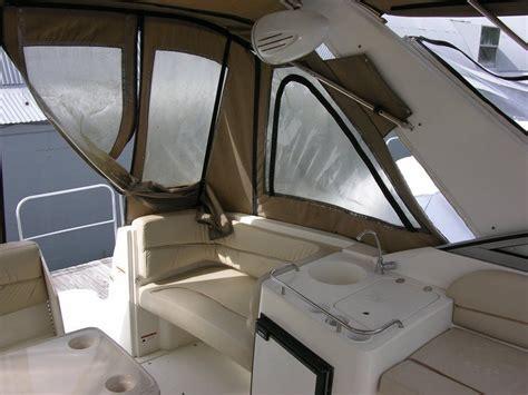 larson  mid cabin cruiser   sale   boats  usacom