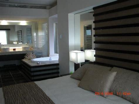 bedroom jacuzzi bedroom w jacuzzi picture of azul beach resort the fives
